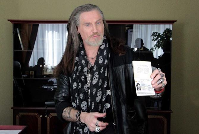 Джигурда получил паспорт «ДНР»