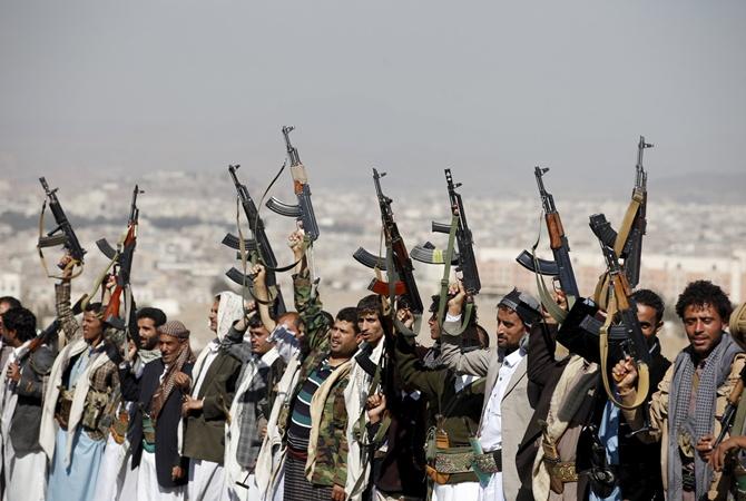Сомалийские пираты захватили нефтяной танкер