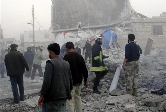 В итоге авиаударов помечети вСирии погибли неменее 40 человек