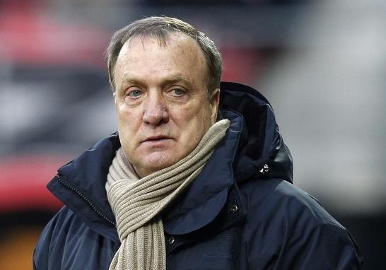 Прежний тренер «Зенита» исборной Российской Федерации пофутболу объявил озавершении карьеры