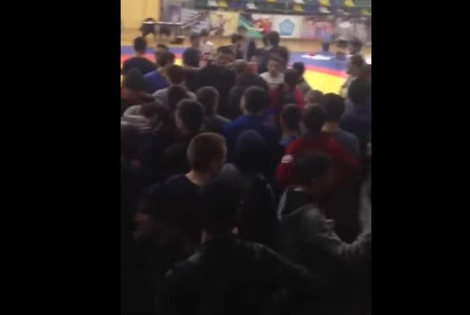 Вдагестанском Каспийске произошла массовая драка болельщиков