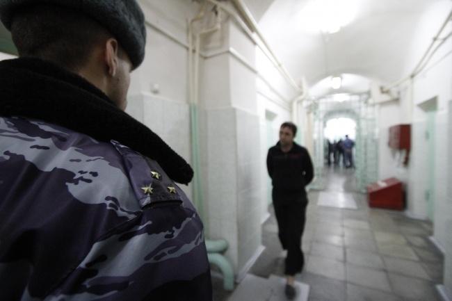 Работники Лукьяновского СИЗО бунтуют инеохраняют зеков из-за сложностей с заработной платой