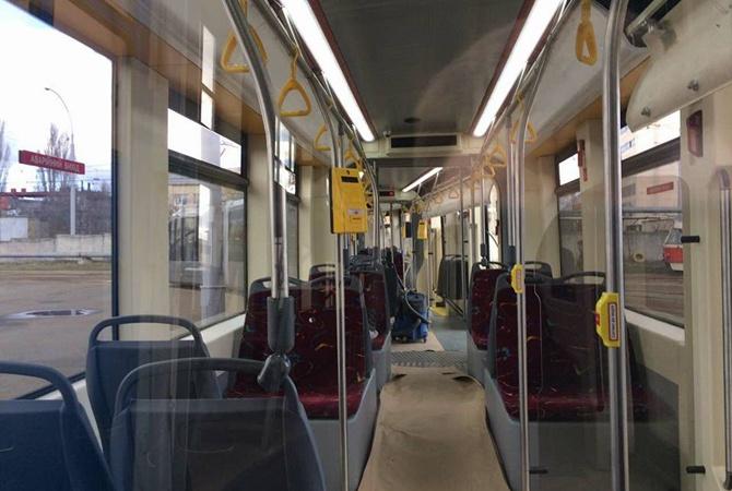 Упассажира сгорел мобильный телефон впроцессе подзарядки вскоростном трамвае
