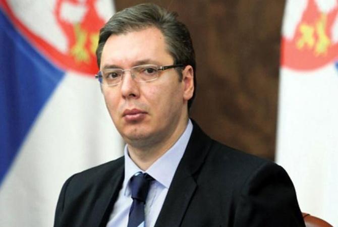 Премьер Сербии Вучич выигрывает навыборах президента