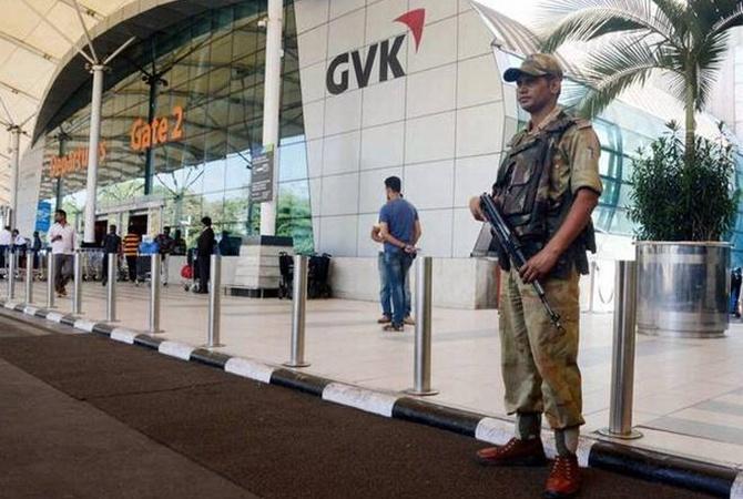 В 3-х индийских аэропортах объявлена тревога всвязи сугрозой угона самолетов