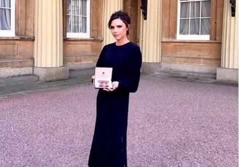 Виктория Бекхэм получила Орден английской империи завклад вмодную индустрию