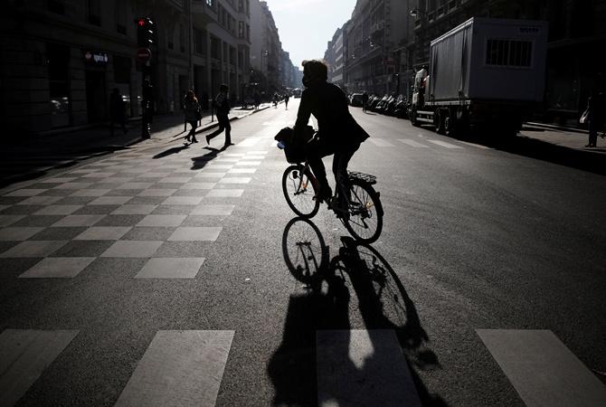 Езда навелосипеде понижает риск развития рака наполовину — Ученые