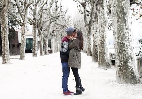 Поцелую усиливают иммунитет,— ученые
