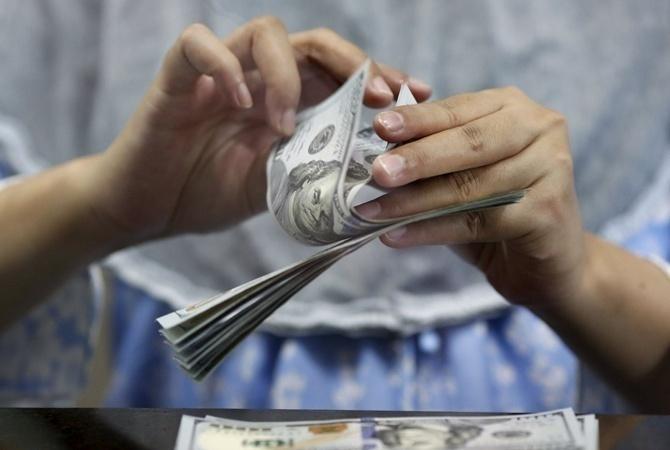 Гривна укрепилась намежбанке до26635 грн/$