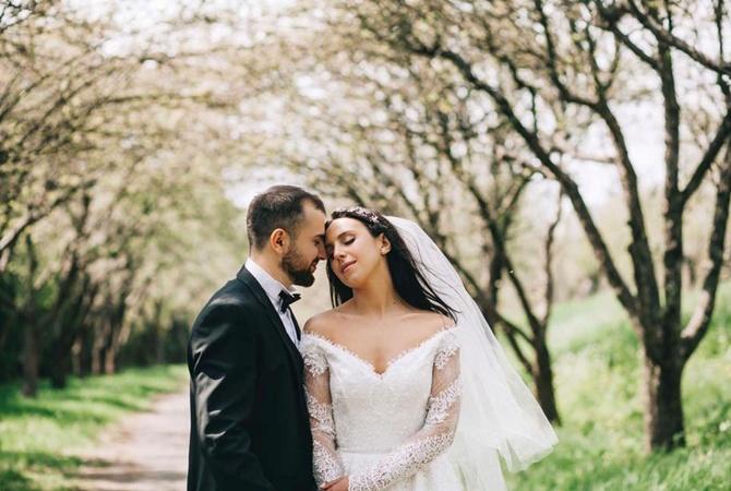 Украинская эстрадная певица сармянскими корнями Джамала вышла замуж поисламской традиции