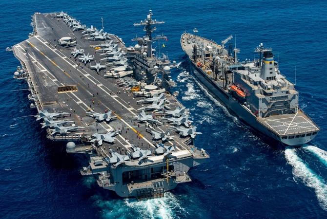 Атомный авианосец США вошел вЯпонское море