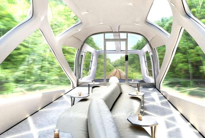 В Японии запустили прозрачный поезд