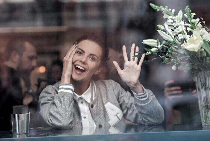 Настя Каменских обнародовала фотоснимок без макияжа вНью-Йорке