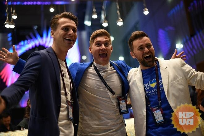 Костюмы ведущих «Евровидения-2017» обошлись практически в млн грн