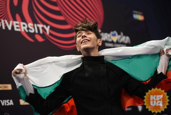 Виток скандала болгарского финалиста'Евровидения пригласили в Крым  />          Кристиан Костов. Ф