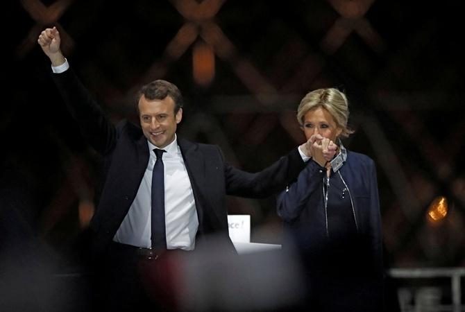 Макрон вступил вдолжность президента Франции