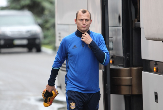 Скандальный Роман Зозуля остановил выступления засборную Украинского государства