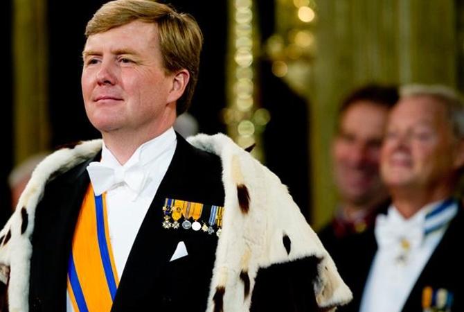 Монарх  Нидерландов тайно работает пилотом напассажирских авиалиниях