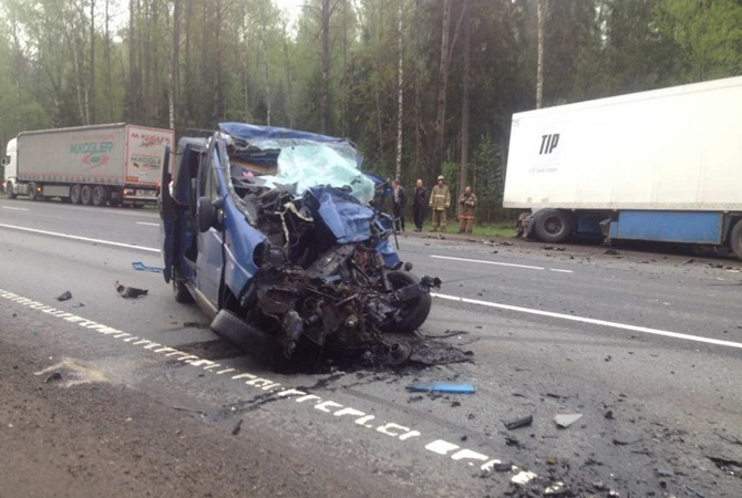 ВДТП натрассе Москва-Санкт-Петербург погибли шесть человек
