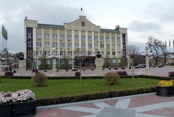 Луценко поведал опроверке 50 нардепов— Уклонение отналогов