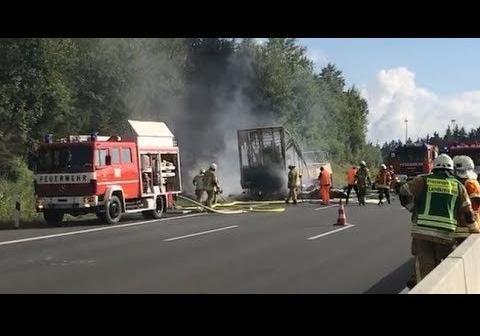 Вразбившемся туравтобусе вБаварии могли живьем сгореть 18 человек