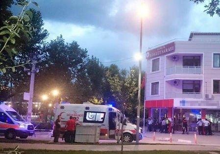 Убивший полицейского вмногоэтажном здании  суда вТурции покончил ссобой