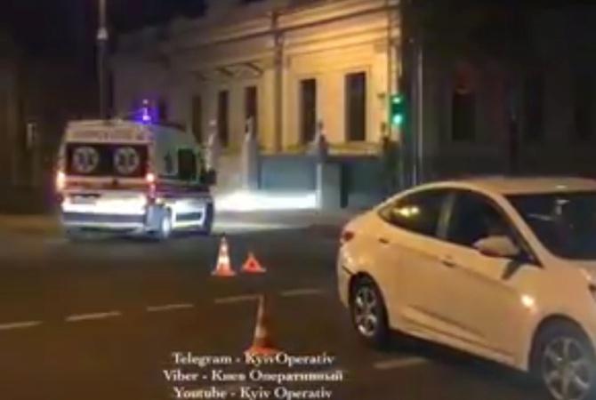 Полицейский попал под колеса авто около Верховной Рады вКиеве