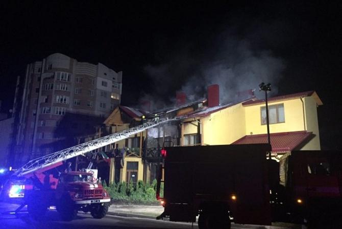 Влуцком отеле ночью вспыхнул пожар