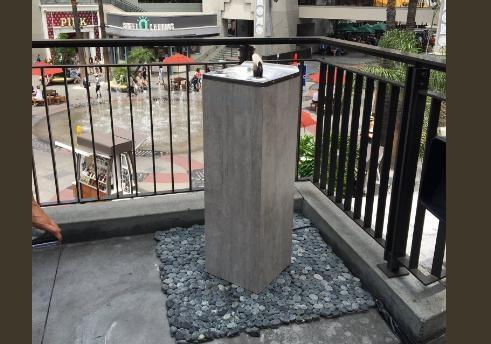 Питьевые фонтанчики стекилой установили вЛос-Анджелесе