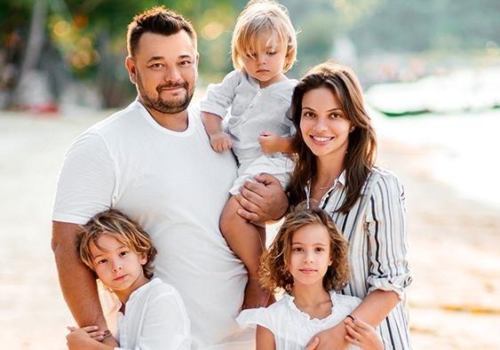 Сергей Жуков иРегина Бурд обвенчались после 10 лет брака