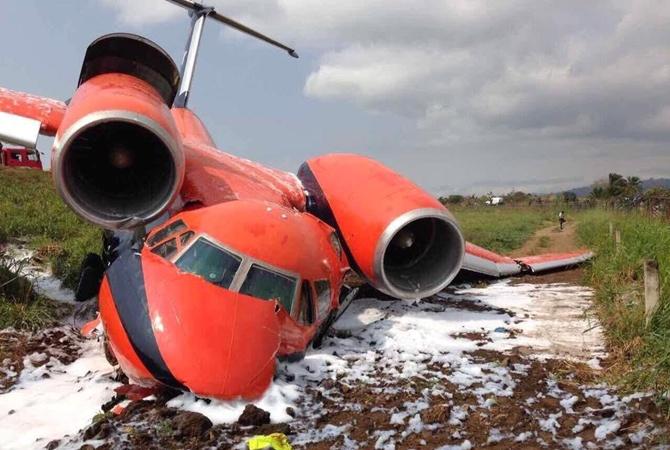 Наострове Сан-Томе разбился украинский самолет