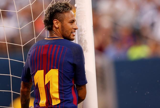 Барселона купили неймара