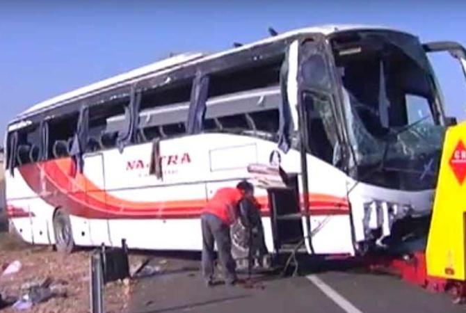 26 человек пострадали вДТП савтобусом вИспании