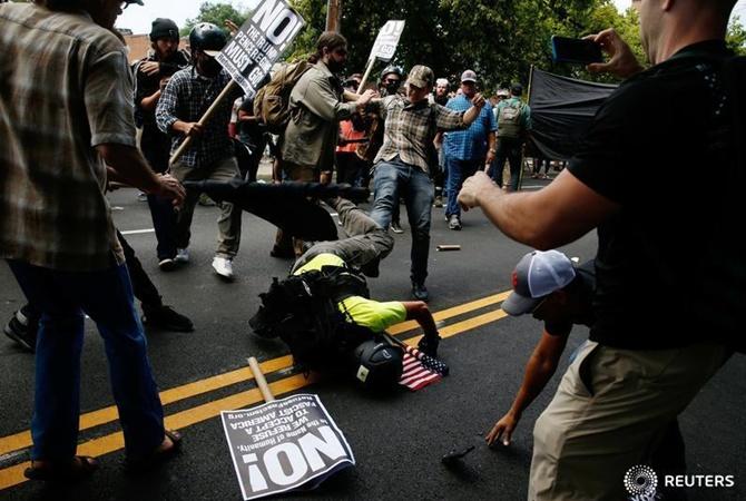 ВСША введен режимЧС из-за беспорядков вВирджинии