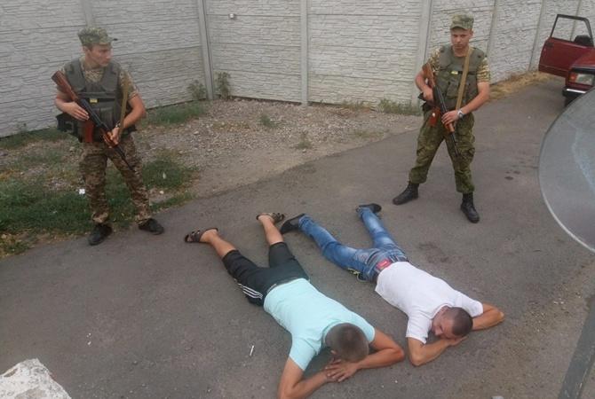Соцсети возмутил инцидент с нетрезвыми украинцами наблокпосту взоне АТО
