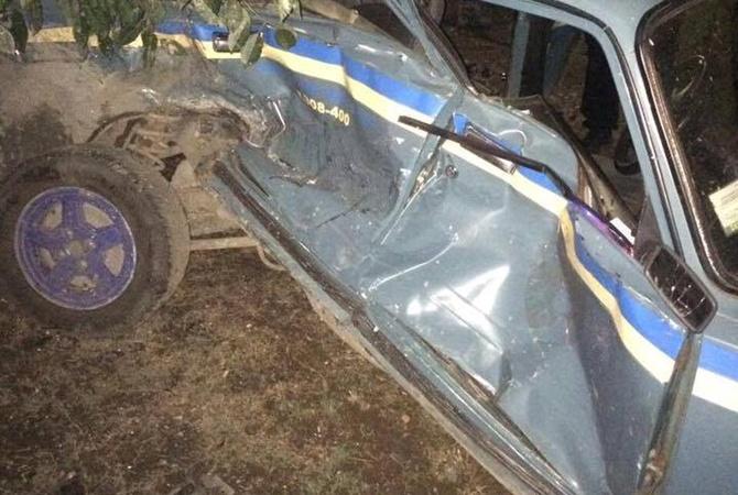Под Одессой «Ниссан» въехал вполицейский автомобиль, травмирован офицер милиции