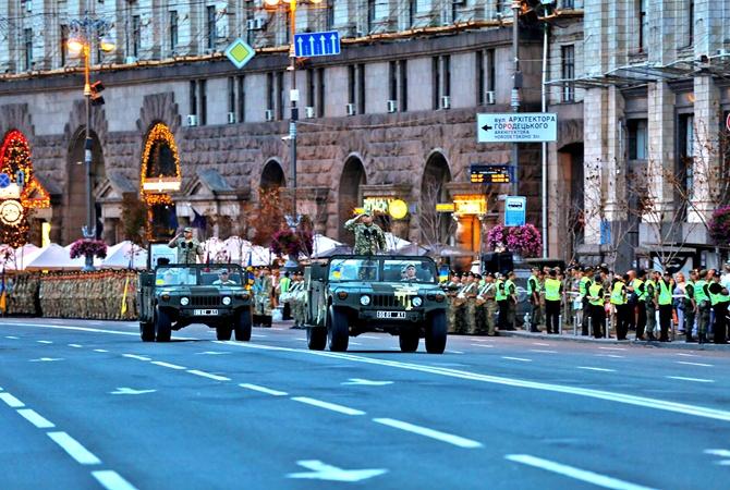 Сегодня вечером вКиеве перекроют Крещатик из-за репетиции военного парада