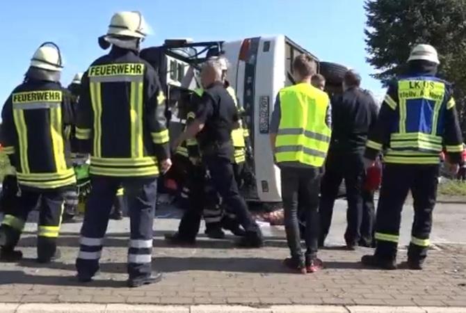 Больше 40 человек пострадали вДТП савтобусом вГермании