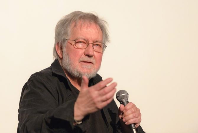 ВСША скончался кинорежиссер Тоуб Хупер, снявший «Полтергейст» и«Техасскую резню бензопилой»