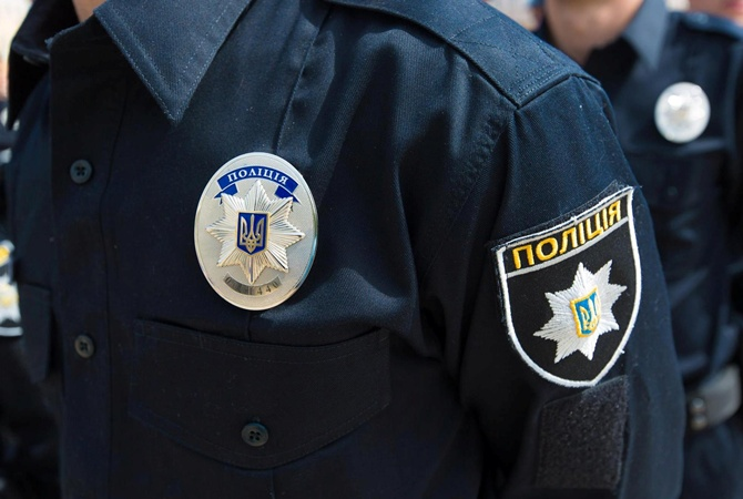 ВМариуполе отыскали полицейского без сознания, вскором времени онскончался