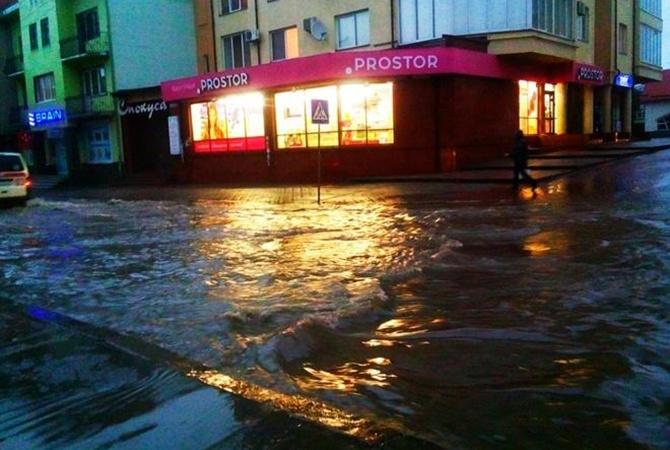 Вгосударстве Украина из-за непогоды остались без света 167 населенных пунктов