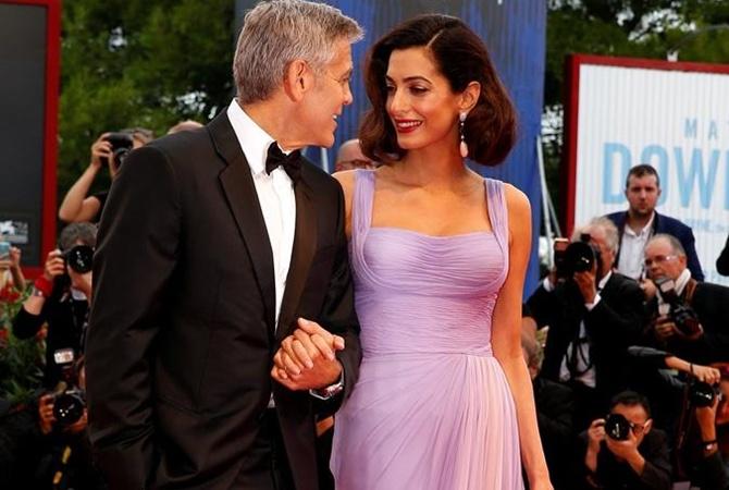 Клуни поселил всвоем доме выжившего после атакиИГ иракца