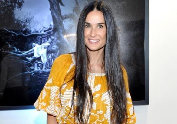 Демі Мур приголомшила голлівудську богему вишиванкою від українського дизайнера