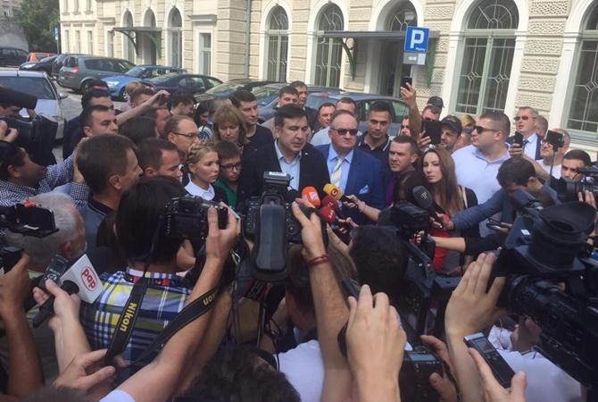 Нардепы Власенко иДобродомов попали в«черный список» «Миротворца»