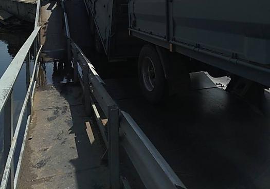 ВНиколаевской области фургон «потопил» мост через реку Ингул