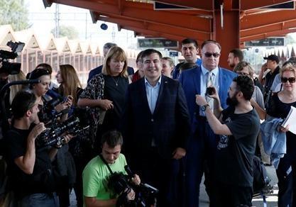 Саакашвили будет добираться доУкраины изПольши наавтобусе