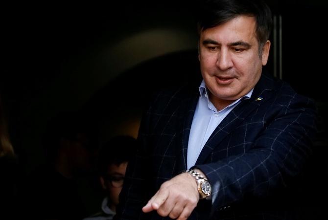 Нашелся. Саакашвили объявил омитинге вЧерновцах