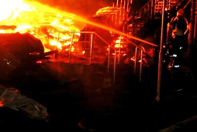 Появилось видео тушения пожара вдетском лагере Одессы