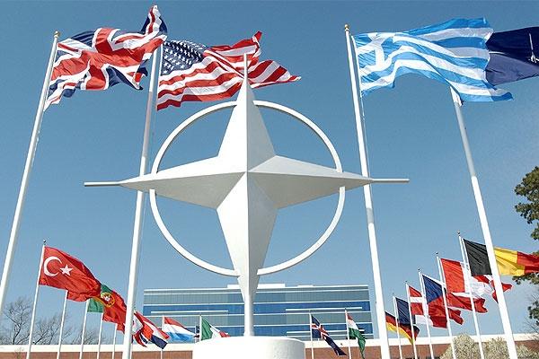 Российская Федерация готовится кбольшой войне— НАТО