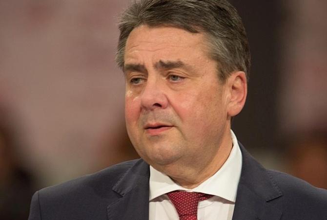 Глава МИД ФРГ призвал Россию США и Китай к переговорам с КНДР Глава МИД Германии Зигмар Габриэль